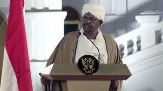 苏丹军方发动政变 执政近30年的总统巴希尔下台