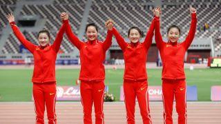 配合默契!中国女子接力队破纪录夺金