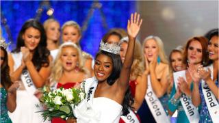 创造历史!美国三大选美赛事冠军均为非裔