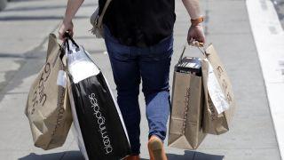 消费者信心指数攀升至15年来最高水平 但恐好景不长…