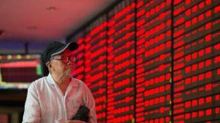 中国A股市场弱势下挫:两市成交缩量逾千亿元 沪指跌0.41%