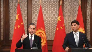 王毅称若美极限施压中方奉陪到底 崔天凯:仍准备谈判以达成协议