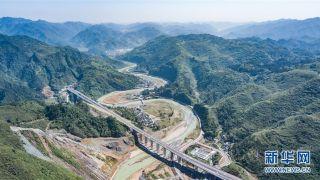 贵州段铜仁至怀化高速公路建成 全长33公里