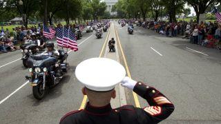 """国殇日31年传统 华盛顿""""滚雷""""骑行今年将举行最后一届 川普称愿提供帮助"""