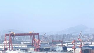 中国国产航母出海海试 预测未来两月内交付入列