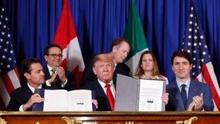 墨西哥参院批准美加墨新贸易协议 成三国中首个通过国家