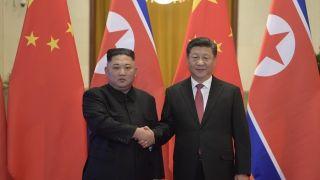 习近平对朝鲜进行国事访问 同金正恩举行会谈