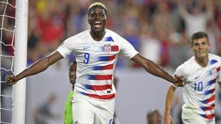 金杯赛-美国大胜特立尼达和多巴哥 提前小组出线(多图)