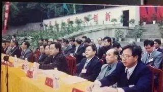 """湖南""""操场埋尸""""案追踪:有人建议异地审理 县委书记回应"""