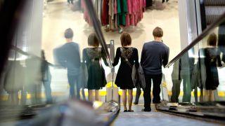 受贸易战影响 美消费信心指数创21个月来新低