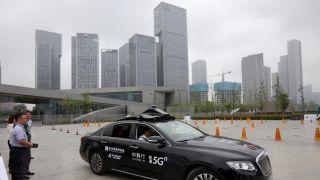 """黑科技瞩目!5G""""AI无人驾驶汽车""""亮相南京"""