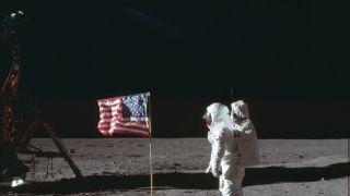 阿波罗11号登月50周年 阿姆斯特朗太空服重新亮相