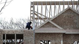 全美新屋开建连续2个月下跌 营建许可跌至2年新低