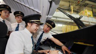 中国国内铁路将迎来首批女动车组司机