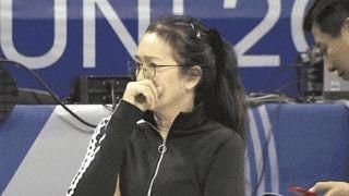 巩俐现场学习郎平,中国女排奥运资格赛严守三个字:不轻敌