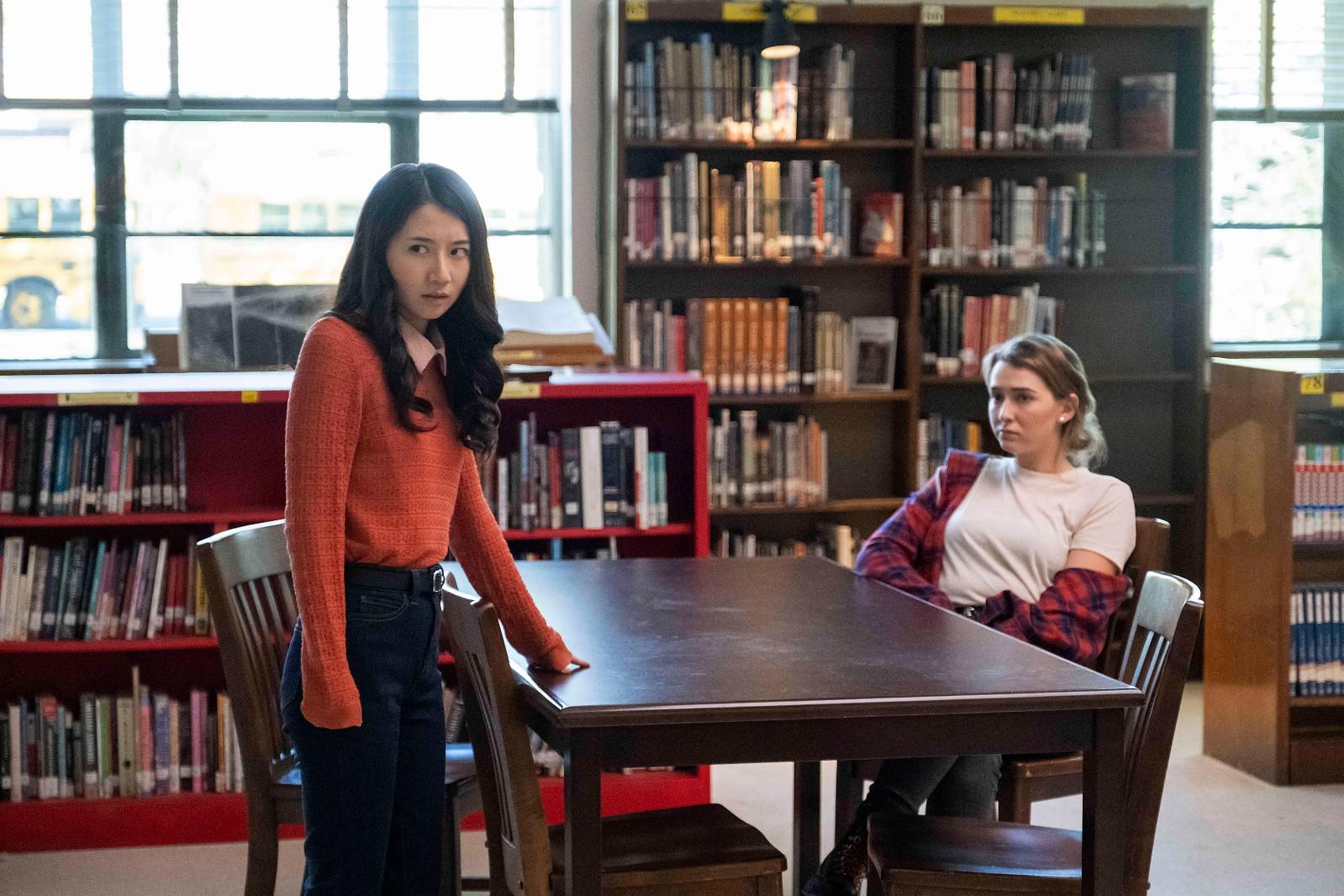 """华裔演员Annie Q.主演Hulu恐怖影集""""School Spirit"""" 8月2日正式上线_图1-4"""