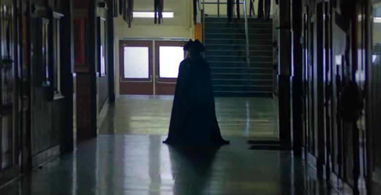 """华裔演员Annie Q.主演Hulu恐怖影集""""School Spirit"""" 8月2日正式上线_图1-6"""