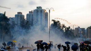 """8.5""""三罢""""警拘148人 国务院港澳办呼吁""""制止暴乱、恢复秩序"""""""