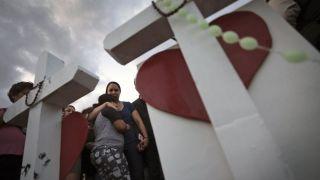 埃尔帕索举行多场悼念仪式 设安抚中心提供人道援助(多图)