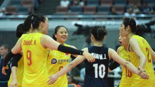 中国女排提前卫冕世界杯!3-0完胜塞尔维亚 豪取十连胜
