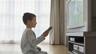 【育儿快答】在美国 到底几岁的孩子能独自留在家?