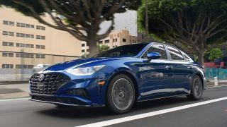 现代汽车提供三年新车免费保养服务