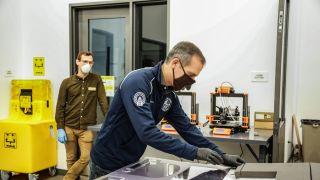 洛杉矶3D打印生产护具 市长:将尽快投入生产