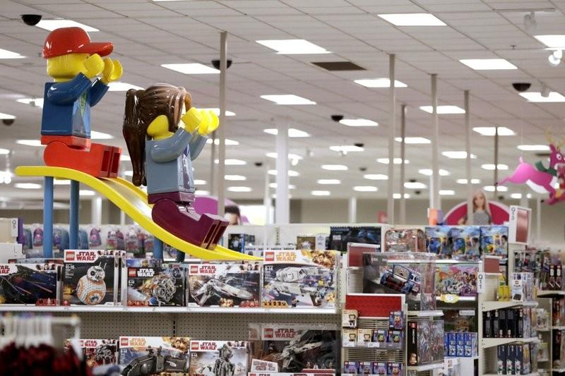 新冠疫情严重打击经济,4月份全国零售额下降16.4%