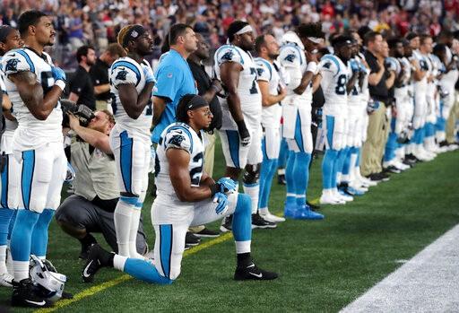 允许球员奏国歌时下跪 川普:我不看NFL和美国足球了_图1-1