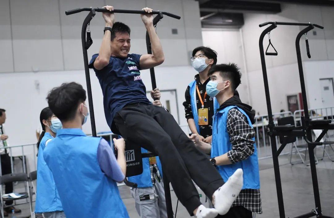"""辽宁省体育局回应""""游泳名将破亚洲纪录却无缘决赛""""_图1-3"""