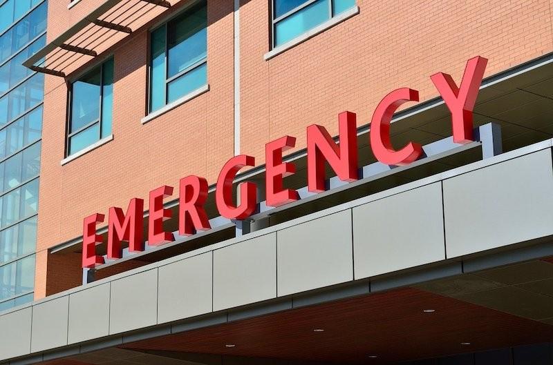 紧急护理(Urgent Care)与急诊室(Emergency Room) 遇到意外选哪个?_图1-3