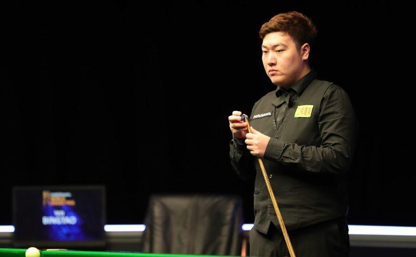 中国小将颜丙涛首次晋级斯诺克大师赛四强