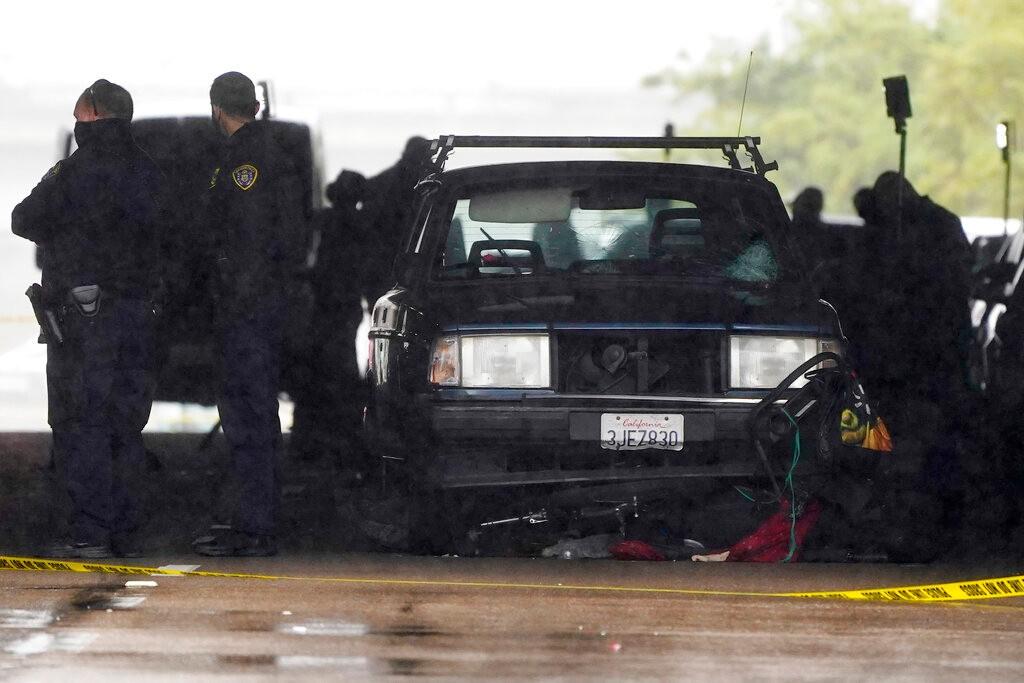 加州圣地亚哥车撞行人致3死6伤 71岁肇事司机被捕_图1-1