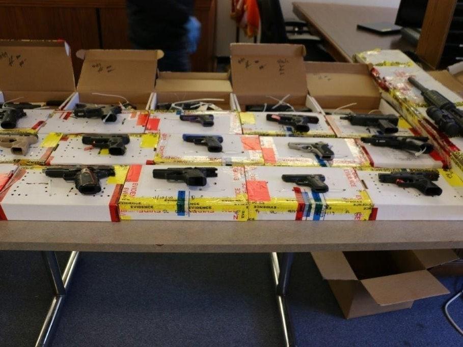 纽约长岛大扫毒40人被控 日托所竟成贩毒地点_图1-4