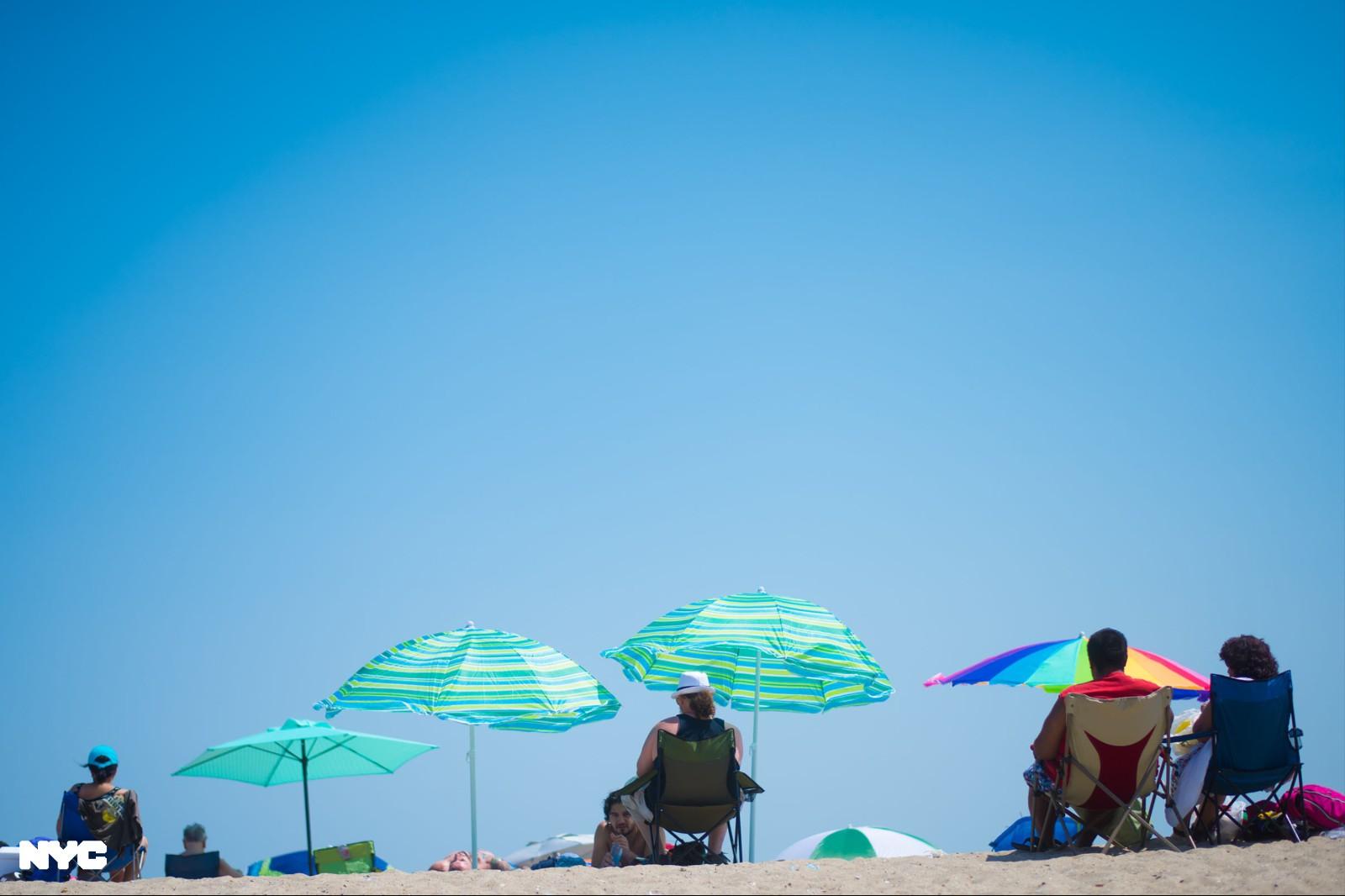 赶上国殇日长周末 纽约市公共海滩及泳池今年将按时开放_图1-3
