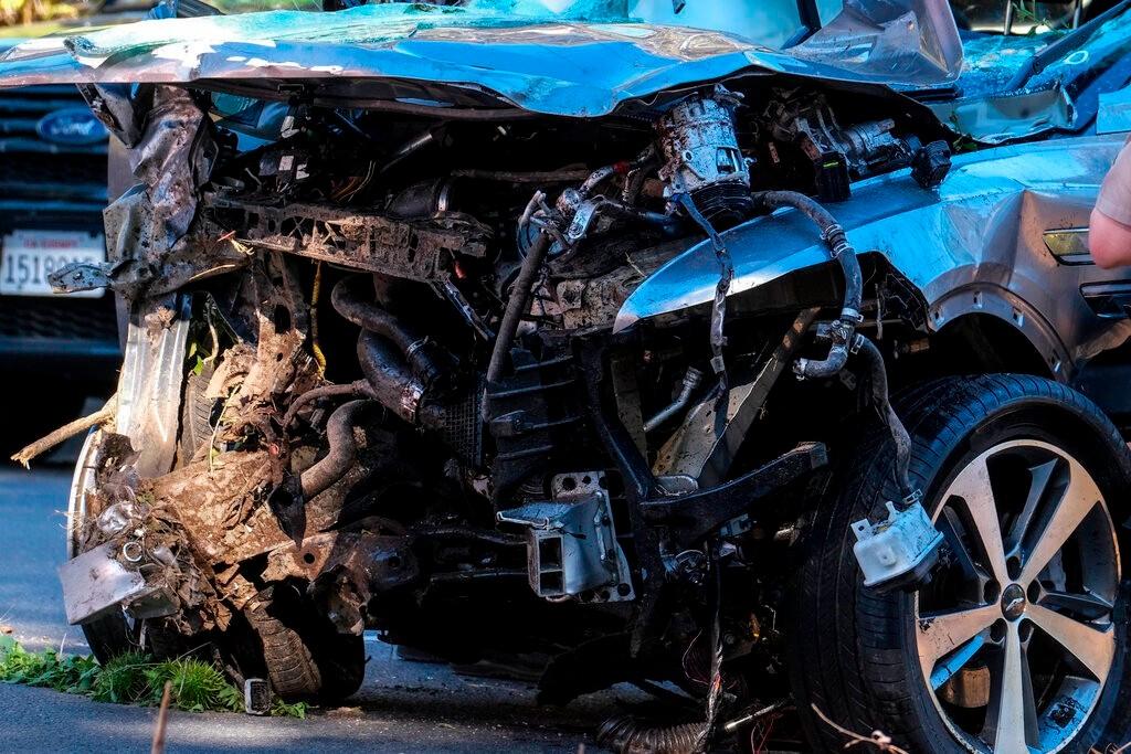 危险路段超速1倍多 警方公布老虎伍兹翻车事故原因_图1-1