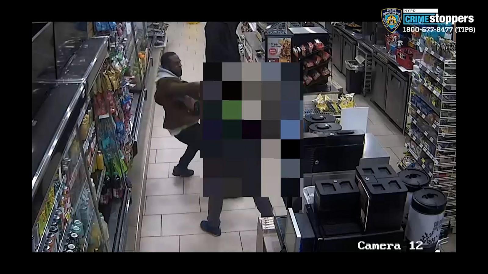 纽约曼哈顿7-11亚裔店员被袭案嫌犯落网 未获仇恨犯罪指控_图1-1