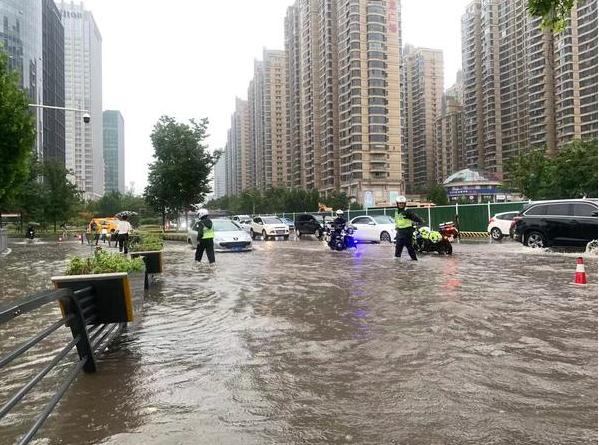 遭遇百年不遇强降水 郑州提升防汛应急响应至I级