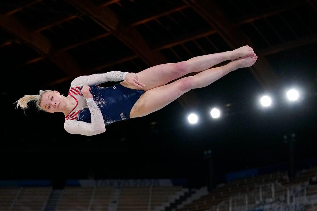 女子自由操决赛 美国选手力压对手问鼎桂冠【组图】