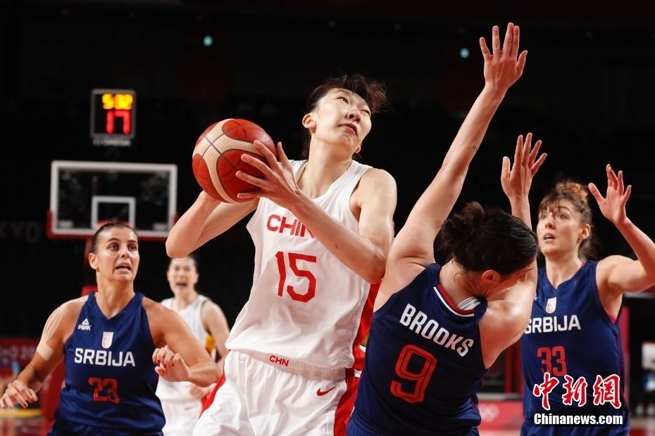 止步奥运8强!中国女篮70:77惜败塞尔维亚