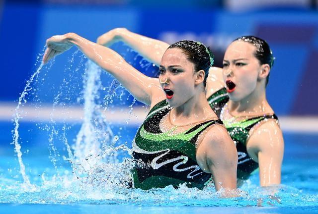 中国夺得东京奥运花游双人亚军