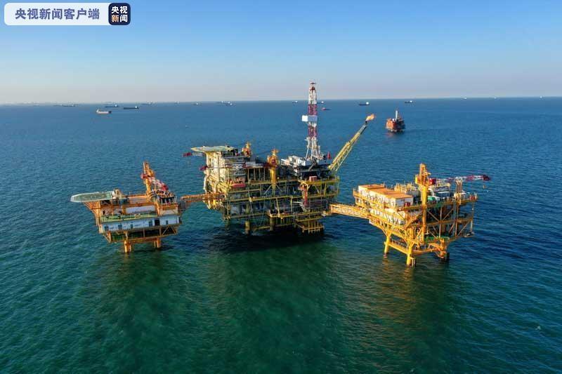中国首个海上智能油田项目建成投用 生产效率将提升30%