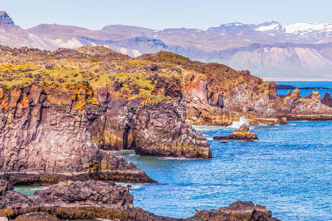 冰岛Arnarstapi,海边的悬崖