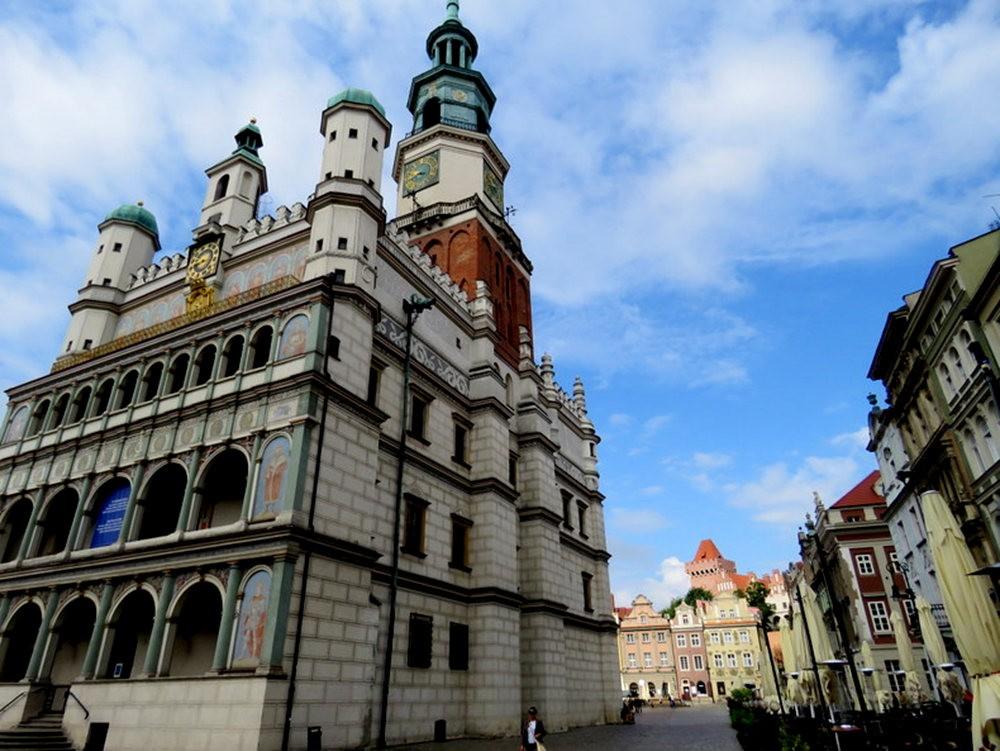 波兹南旧市集广场