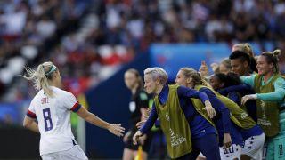 女足世界杯:美国3比0智利 两战狂轰16球提前出线(多图)