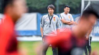 新帅李铁首练 中国男足佛山备战世预赛
