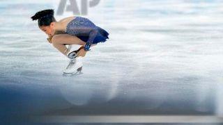 青年冬奥会 美国华裔花滑少女冰上展身手(组图)