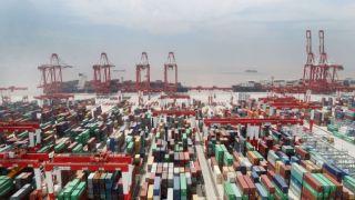 4月中国出口同比增长8.2% 进口同比下降10.2%
