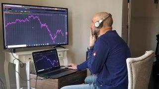 美股走低避险情绪升温 股指期货下挫