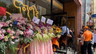 Popeyes中国首店在沪开业 第一批客人凌晨排队